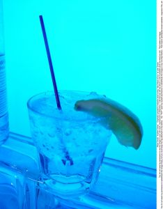 gin-and-tonic-21707-m