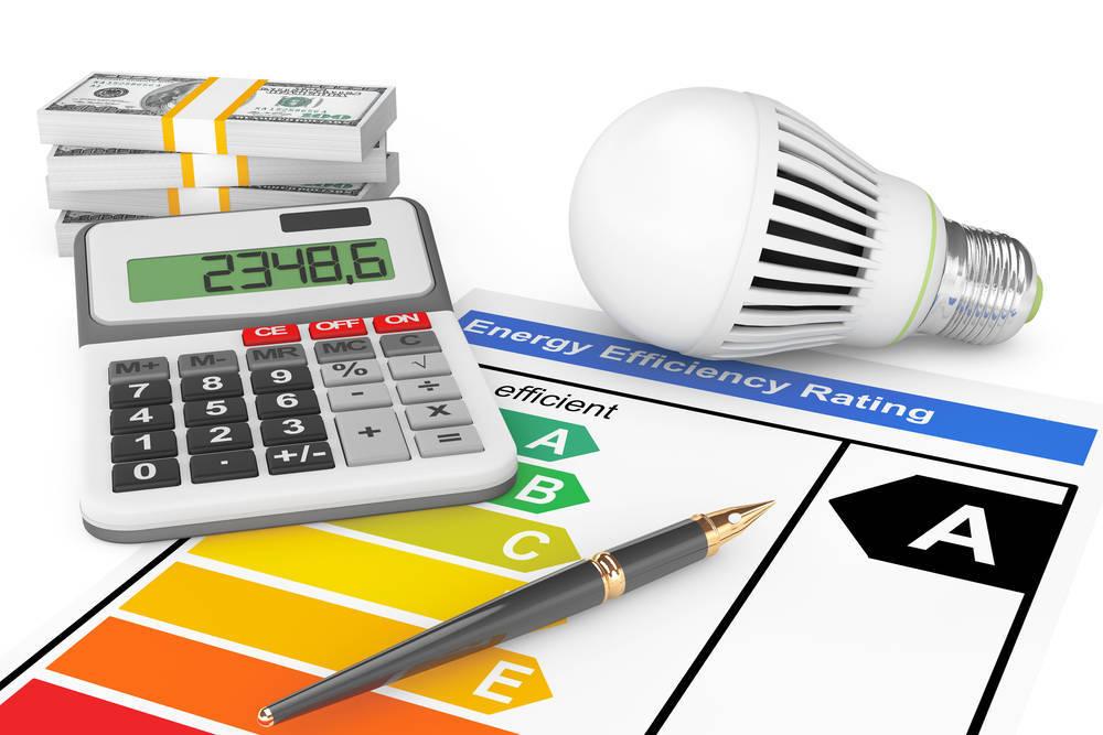 Consejos para ahorrar en la factura de la luz en verano