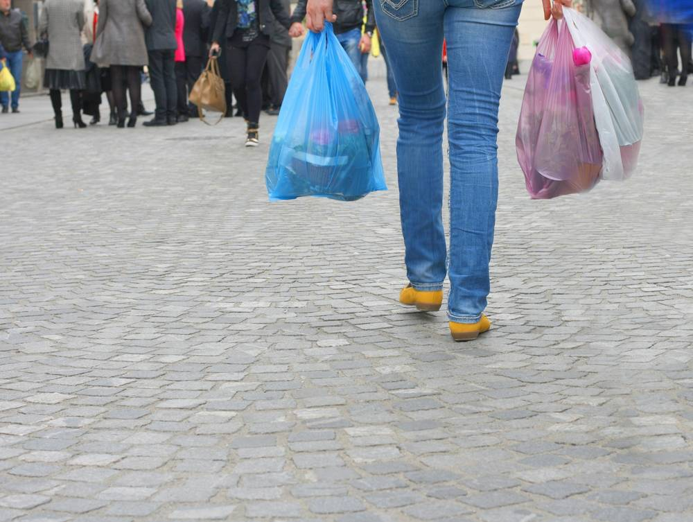Cuidemos del medio ambiente con las bolsas de la compra